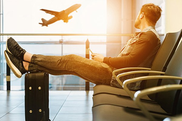 Dragonpay partners with online travel agency Traveloka banner